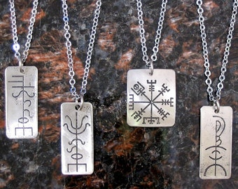 Creativity Viking Rune Necklace - Etched Stainless Steel - Artistic Inspiration, Odhroerir on Chain