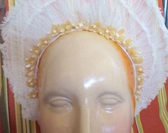 1920s-1930s White Tulle On Wire Wax Orange Blossoms Wedding Bonnet Crown Tiara To Renovate