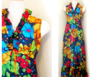Vintage 1970's Floral Maxi Dress // Sleeveless Floral Maxi Dress // House of NU-MODE // Ruffle V-Neck