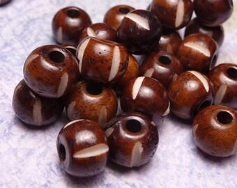 Carved Bone Beads 8mm - 20pc