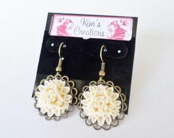Resin Flower Cluster Earrings