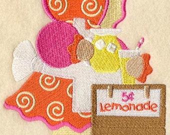 SUNBONNET SUE JUNE (Large) - Machine Embroidery Quilt Block (AzEB)