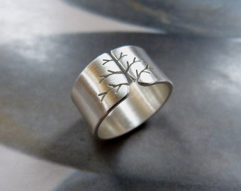 Tree ring, silver, wide band, metalwork jewelry, satine finish, unique gift for woman, gift for wife, birthday gift, engagement, wedding