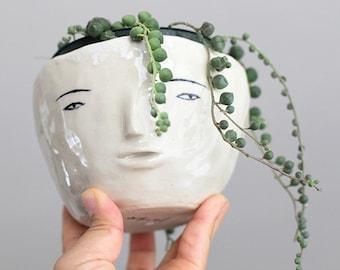 Face Pot