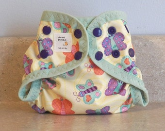 Preemie Newborn PUL Diaper Cover with Leg Gussets- 4 to 9 pounds- Butterflies- 20034