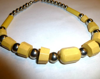 Vintage Yellow Bakelite and Chrome Necklace. European. 1940s.