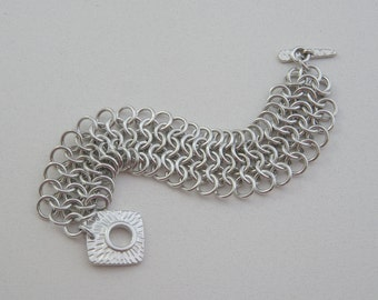 Chainmaille statement bracelet aluminum European 4-in-1 with toggle clasp