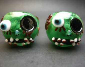 Green Zombie Glass Haloween Pipe