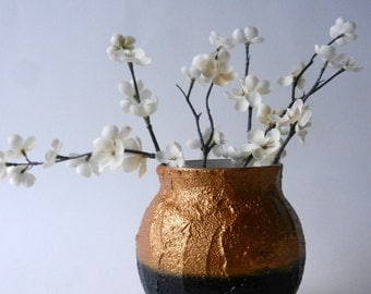 Black and gold pot /  golden Vase / metallic gold and black concrete planter / Kristin Malaer / handcrafted vase / Carriage Oak Cottage