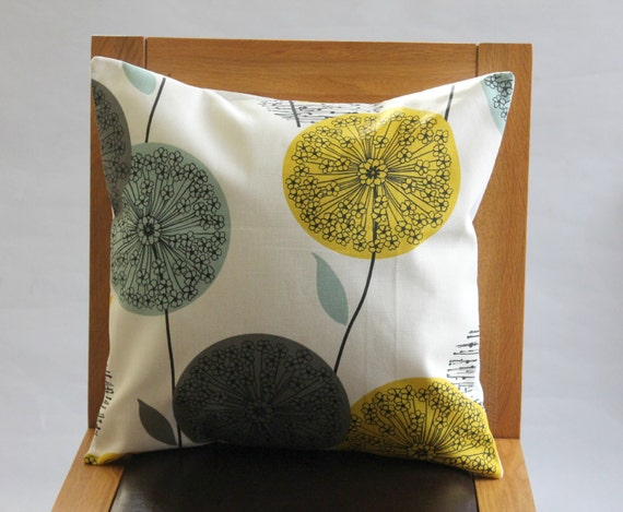 kissen l wenzahn senf gelb blau blaugr n abdeckung grau von veedubz. Black Bedroom Furniture Sets. Home Design Ideas