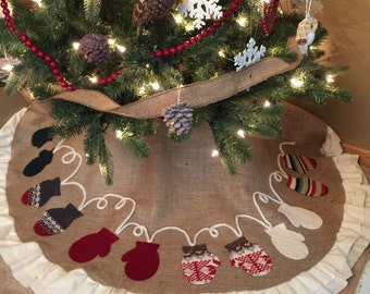 Burlap Christmas Tree Skirt, Mitten Tree Skirt, Ruffled Tree Skirt, Personalized Christmas decor, Handmade Mittens, Double Ruffle