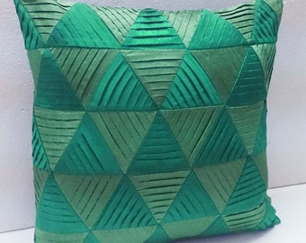 modern decorative pillow-green zig zag pleated origami triangle pleated cushion-home decor-accent pillow-hand sticthed pillow