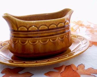 Homer Laughlin Golden Harvest Gravy Boat and Under Plate, 70s Fall Honey Amber Color, Soup Toureen