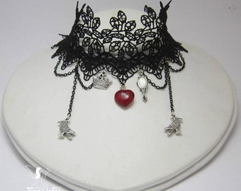 The Ravenna choker inspired by Snow White and the Hunstman
