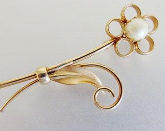 Pretty Vintage 12K GF Cultured Pearl Floral Brooch Pin