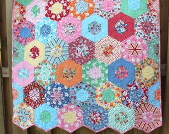 Baby Quilts / Custom Quilts / Quilts for Girls /  Quilts for Sale / Crib Bedding /  Hexagon Quilt / Kids Toddler Quilts / Made to Order