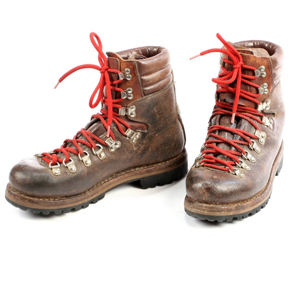 Vintage RAICHLE Leather MOUNTAINEERING Boots . Combat Work
