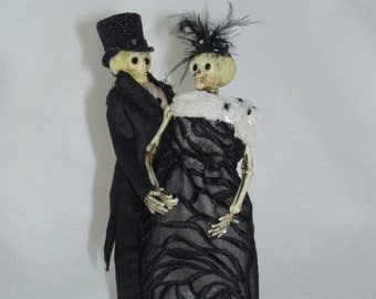 Skeleton Bride and Groom Wedding Cake Topper