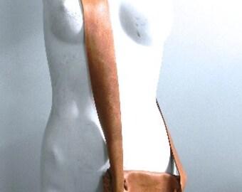 vintage. Handmade Leather Shoulder Bag // Boho Bag