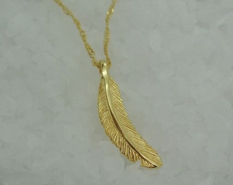 Feather Pendant, Gold filled Pendant, 14k Gold Filled Pendant, Delicate Pendant, Love, Freedom, For Her, Gift, Christmas, Pendant. Wedding