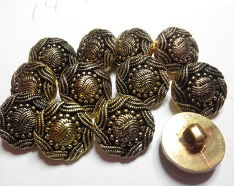 12  GOLD Fabric Look  Buttons- 3/4 inch -  Metalized plastic - Embellishment,Knitting, Collage, Collection