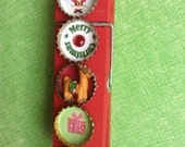 Christmas Magnetic Paperclip with bottlecaps