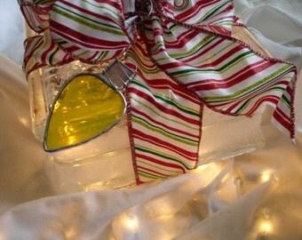 Stained Glass Christmas Light Ornament, Old Fashioned, Retro, Reusable Gift Tag, Yellow with White Wispies