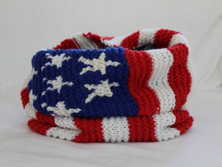 KNITTING PATTERN American Flag Infinity Scarf by theknittingniche