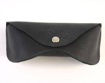 Leather sunglasses case black