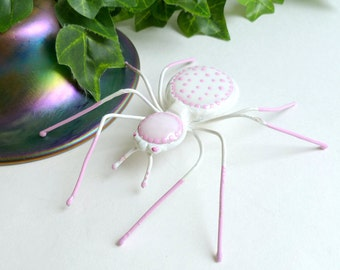 Large White and Baby Pink Spider Wire Art Bug Housewarming Gift Home Decor Ornament Pet Spider for Teens