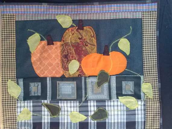 Pumpkins on the table! Size 19.5x24