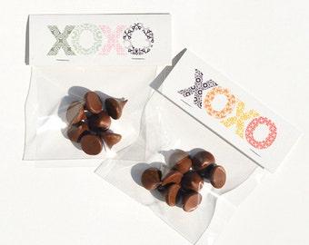 Hugs and Kisses Treat Bag Kit (Set of 10) : XOXO Woodblock - Goodie Bags & Party Favors