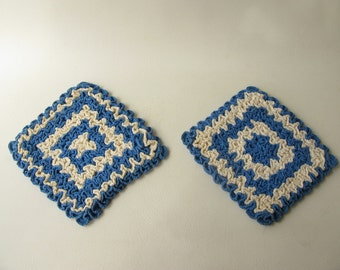 Vintage Crocheted Pot Holders, hot pads, square ,blue ivory, square