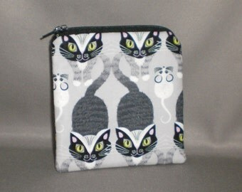 Cat and Mouse Coin Purse - Gift Card Holder - Card Case -Small Padded Zippered Pouch - Mini Wallet