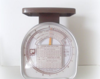 Vintage  Brown Scale Farmhouse Kitchen Pelouze Brand Postage Scale Home & Living Office