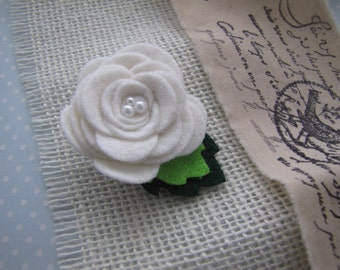 Snow . clippie . felt flower rose . toddler hair accessory