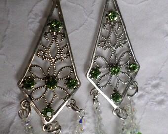 Dangle Earrings Swarovski Crystal Peridot Light Green with Butterflies