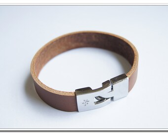 brown leather strap bracelet with silver alloy buckle