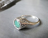 Vintage Filigree 1CT Emerald Ring / Promise Ring / Engagement Ring / Filigree Setting / Solid Sterling Silver / Ring / Genuine Emerald Ring