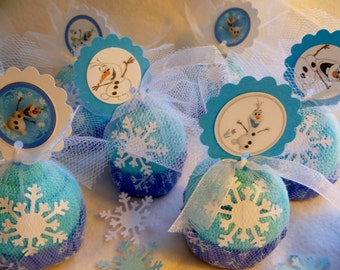 Frozen Theme..Baby Washcloth Cupcakes.. Bundle of 10 Cupcakes...Olaf..Party Favors..Spa Party..Toddler Birthday...One Free Cupcake :)