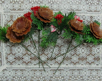 Six Vintage Lee Wards Pinecone Blossom Berry Floral Holiday Christmas Picks