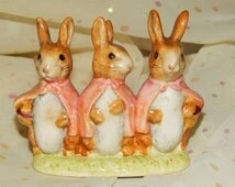 Flopsy Mopsy and Cottontail Beatrix Potter figurine Besweick England #35 Gold Stamp Bottom