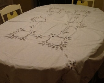 Vintage White Tablecloth / Lace Table Cloth / Cut Lace Table Cloth / White on White Table Cloth /