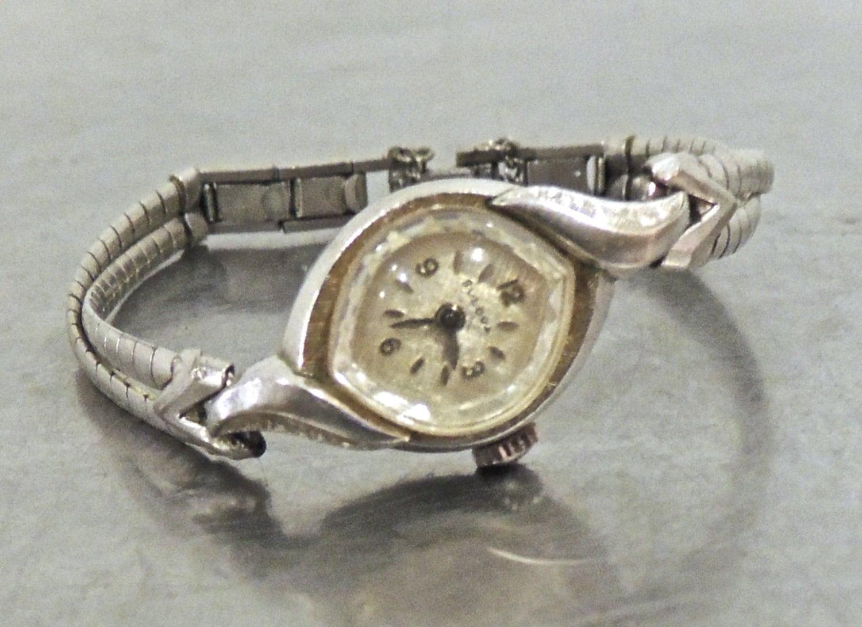 vintage Bulova watch 1950s women's Bulova wristwatch
