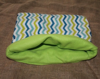 Large chevron pouch for small pets.