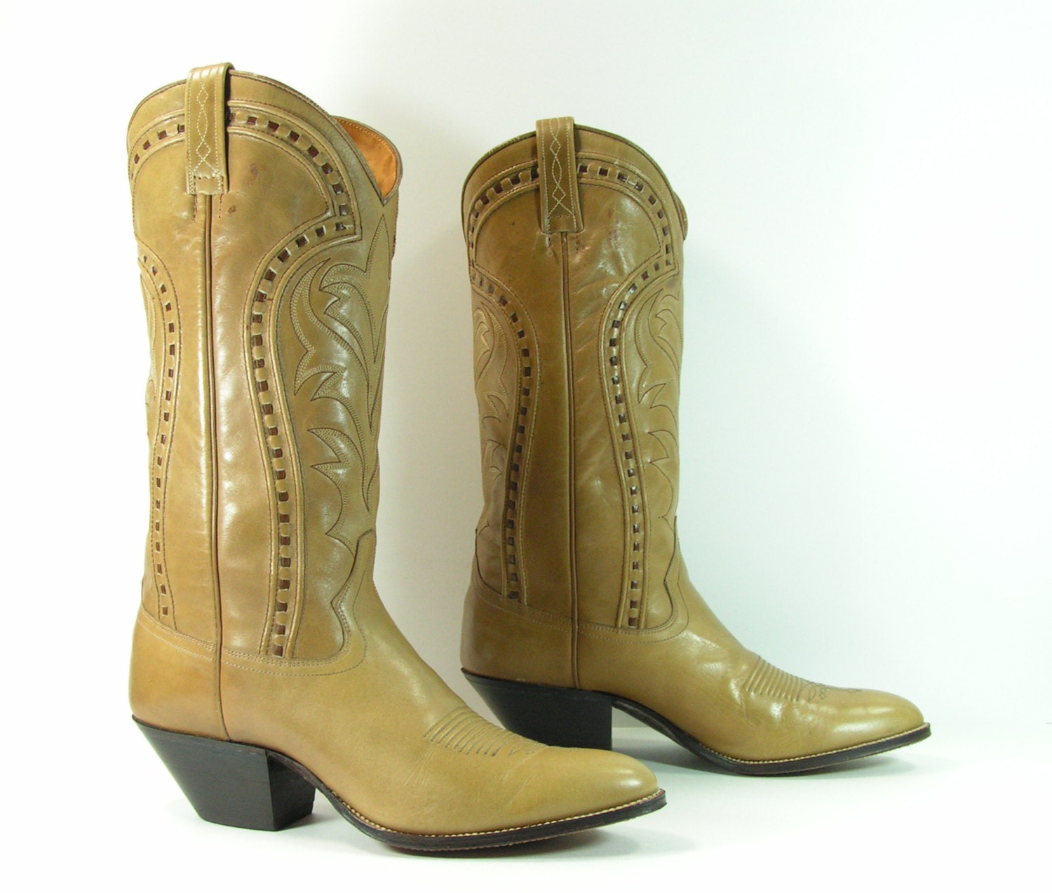 vintage cowboy boots s 8 c light brown camel