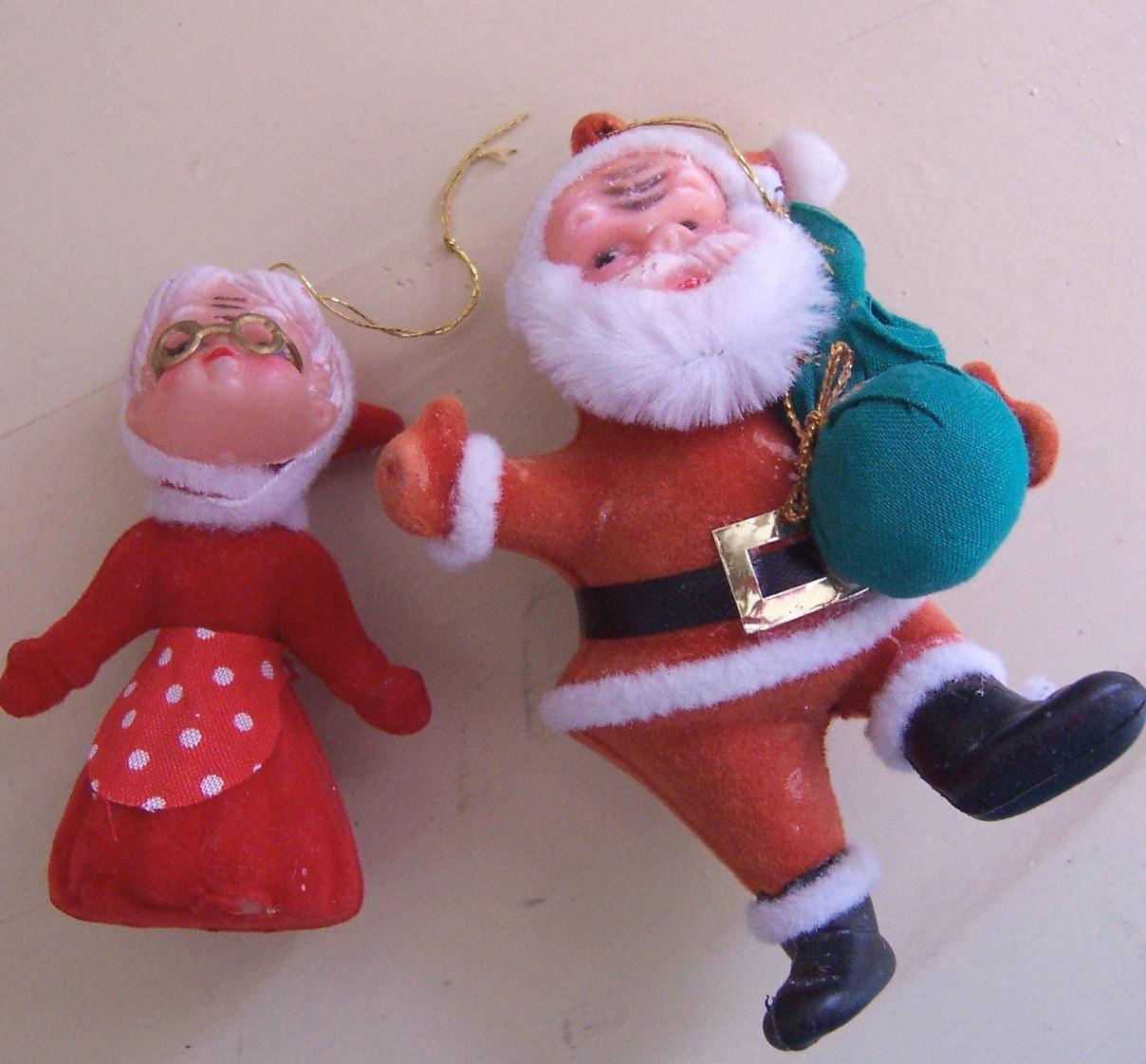 Mrs claus and santa plastic figurines
