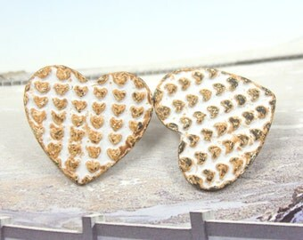 Metal Buttons - Polka Hearts White Rust Metal Shank Buttons - 0.79 inch - 2 pcs