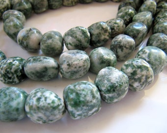 Green SPOT STONE Beads in Forrest Green and Cream White, 1 Strand 15 Inches, 10mm to 12mm Nuggets, 30 Beads, Pebbles, GB450