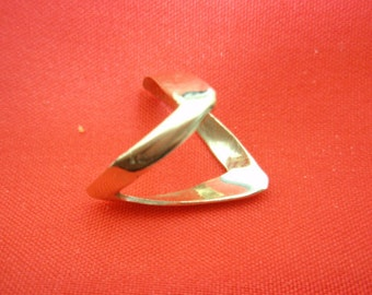 israel Delini Designers Hand Made Art Modern Zigzag Solid 14k Yellow Gold Ring